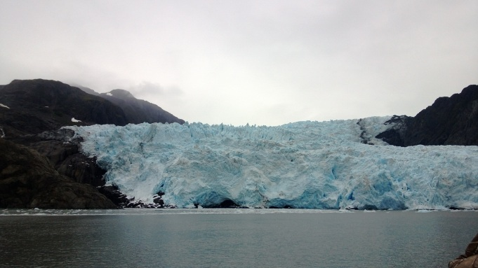 Glacier in front